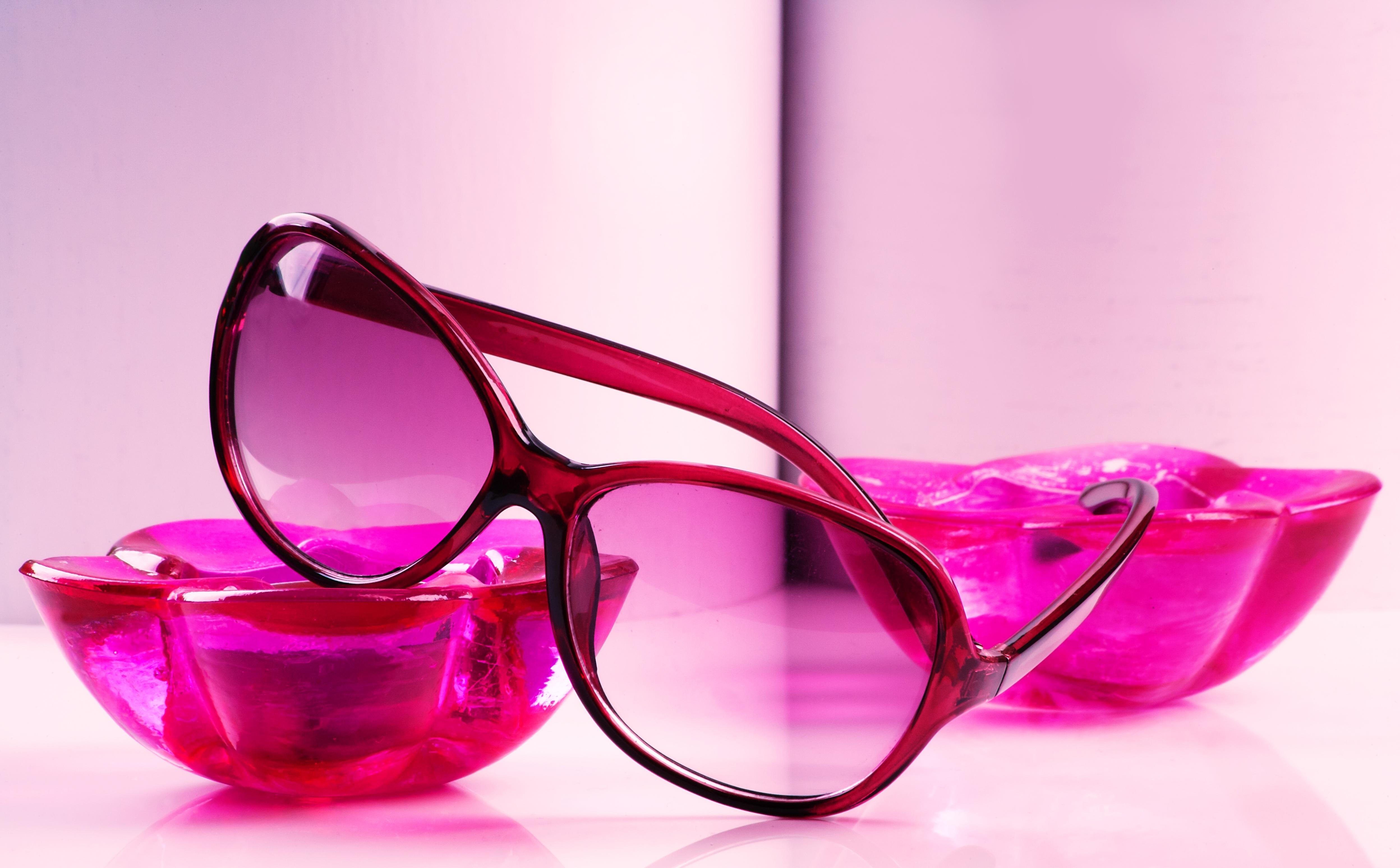 sunglasses-590061