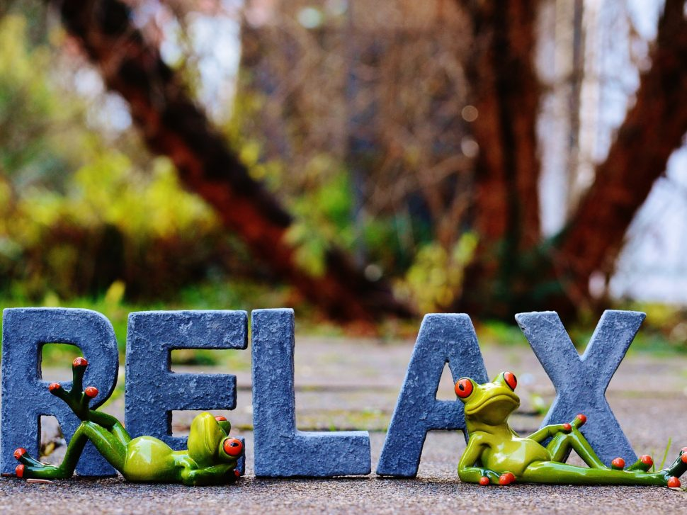 relax-1098748